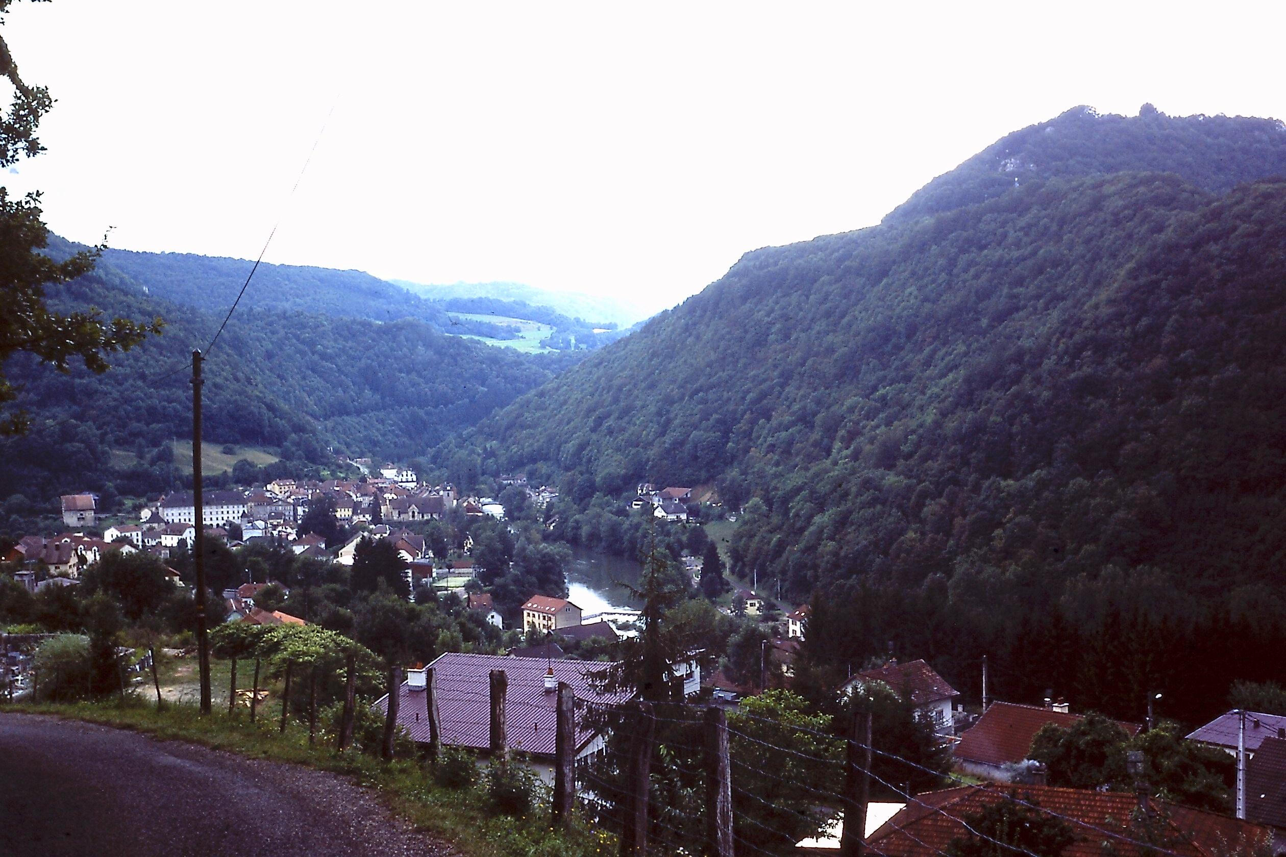 GR5 door de Jura: Zicht op Saint-Hippolyte
